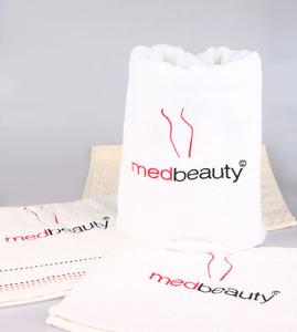 MedBeauty Ręcznik z logo medbeauty 50x100cm