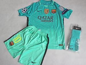 Dziecięcy zestaw piłkarski FC BARCELONA NIKE 3rd 16/17 (koszulka+spodenki+getry) #10 MESSI
