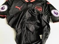 Zestaw piłkarski ARSENAL LONDYN Away 17/18 Authentic PUMA #9 Lacazette