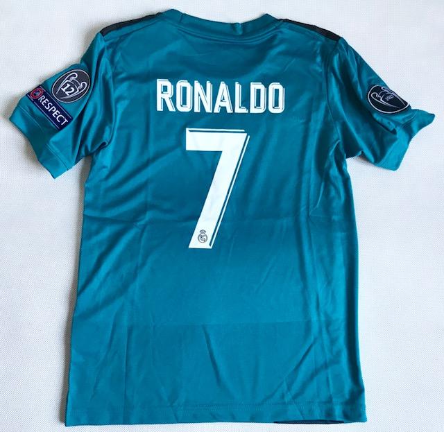 e9c8a647b Dziecięcy zestaw piłkarski REAL MADRYT 17/18 ADIDAS (koszulka+spodenki+getry)  ...