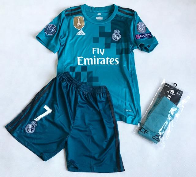 2add6b065 Dziecięcy zestaw piłkarski REAL MADRYT 17/18 ADIDAS (koszulka+spodenki+getry )