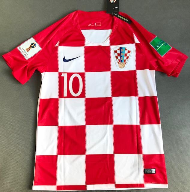 e771d063d Koszulka piłkarska CHORWACJA NIKE Breathe Stadium Home 2018 #10 Modrić