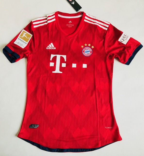 0562a6f641a8d3 Koszulka piłkarska BAYERN Monachium home 18/19 Authentic ADIDAS, #9  Lewandowski