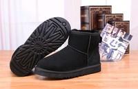 Zimowe buty ŚNIEGOWCE UGG Australia Classic Mini , czarne, model 5854