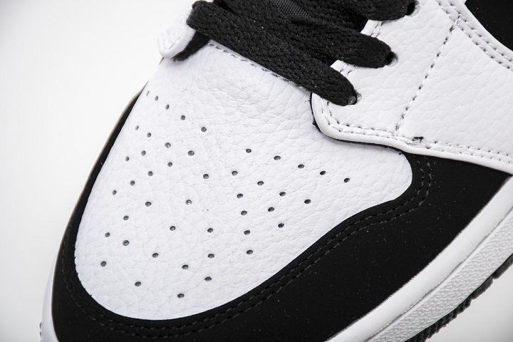 "Buty Damskie Nike Air Jordan 1 Mid ""Black White"" 554724 113"