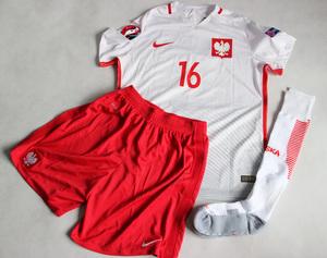 Zestaw piłkarski POLSKA 16/17 (koszulka+spodenki+getry)