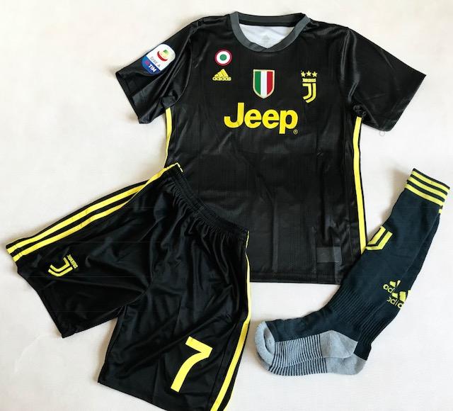 58fec7c08 Dziecięcy zestaw piłkarski JUVENTUS TURYN ADIDAS 3rd 18/19  (koszulka+spodenki+getry