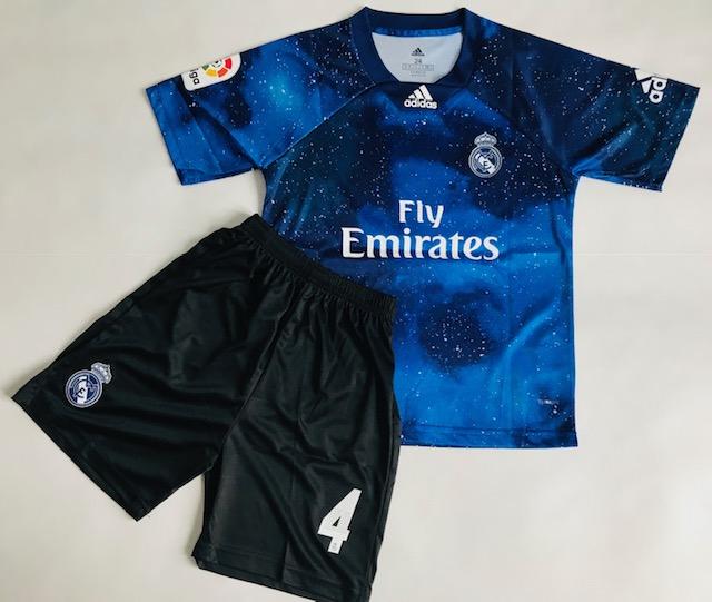 69b64745d Dziecięcy Zestaw Piłkarski Real Madryt Adidas Ea Sports 18/19, Liga ...