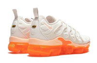 Buty damskie Nike Air Vapormax Plus AO4550-005 Creamsicle Wmns