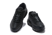 BUTY męskie Nike Air Max 95 924478-003 Black/Gold