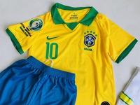 Dziecięcy zestaw piłkarski BRAZYLIA NIKE Home 2018 (koszulka, spodenki i getry) #10 Neymar Jr