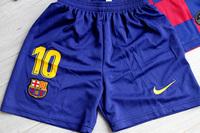 Dziecięcy zestaw piłkarski FC BARCELONA NIKE Home 19/20 (koszulka+spodenki+getry) #10 MESSI