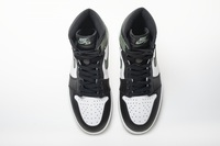 "Buty damskie NIKE AIR JORDAN 1 Retro ""Clay Green"" 555088-135"