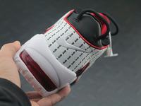 BUTY męskie Nike Air More Uptempo AV7947-001 Pinstripe