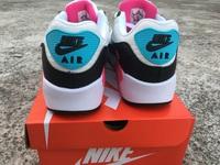 Buty damskie Nike Air Max 90 Essential 325213-065