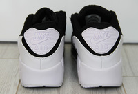 Buty damskie Nike Air Max 90 537384-082 Black/White